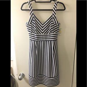 Maison Jules navy/white striped sleeveless dress M